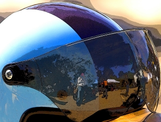 Helmet_Visor_Reflection_Nov_04_MS87_GM220230